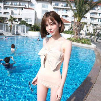 ชุดว่ายน้ำสาวหวาน