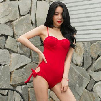 ชุดว่ายน้ำวันพีชสไตล์เกาหลีสีแดง