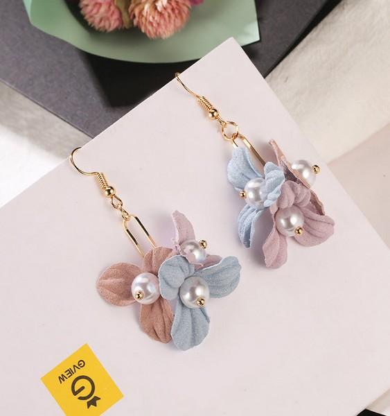 ต่างหูแฟชั่นเกาหลีอะไหล่ทองคู่ระย้าพุ่มดอกไม้หลากสีแต่งไข่มุกขาว