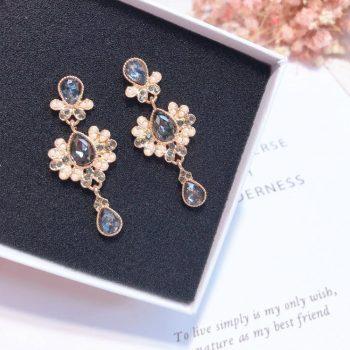ต่างหูแฟชั่นเกาหลีก้านเงิน S925 อะไหล่ทอง Baroque earrings ประดับไข่มุกสลับอัญมณีสีดำ