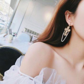 ต่างหูเกาหลีก้านเงิน S925 อะไหล่ทองห้อยกางเขน Baroque earrings ห้อยโซ่ไข่มุกเรียง