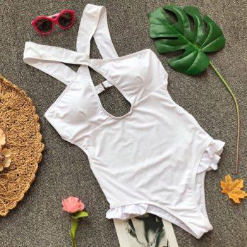 ชุดว่ายน้ำวันพีชสไตล์ฝรั่งสีขาวแต่งไขว้ด้านหน้าแต่งระบาย