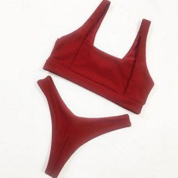 บิกินี่สไตล์ฝรั่งผ้าร่องบราแบบสวมสีแดง Red