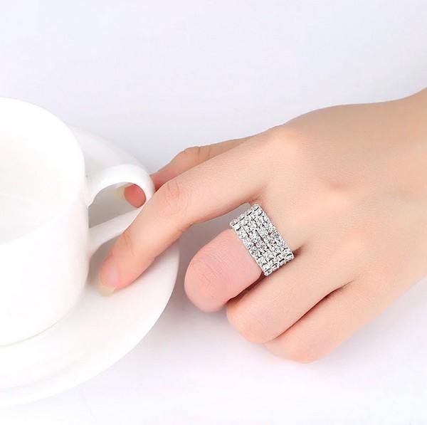 เเหวนเพชรเรียง 4 แถว อะไหล่เงินเพชรวิงค์สวยยืดได้ตามขนาดนิ้วมือ