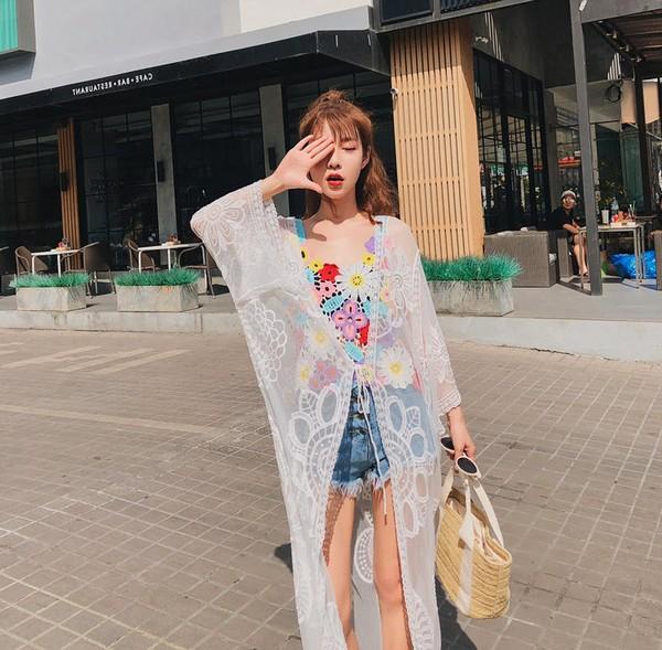 เสื้อคลุมบิกินี่ตัวยาวมีแขนปักลายดอกไม้ใหญ่