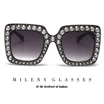 แว่นตากันแดดแฟชั่น Mileny Black กรอบสีดำประดับเพชร