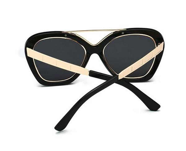 แว่นตากันแดดแฟชั่น Cool Girl Black กรอบดำขอบทองเลนส์ดำ