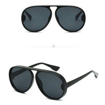 แว่นตากันแดดแฟชั่น Retro Flat Top กรอบดำเลนส์สีดำ
