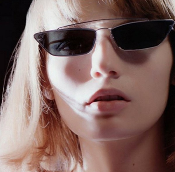 แว่นตากันแดดแฟชั่น Cat eye Square Double Bridge Black กรอบเงินเลนส์สี่เหลี่ยมเฉียงดำ